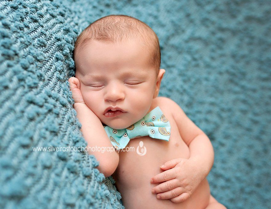 Caldwell photographer of Newborn sleeping