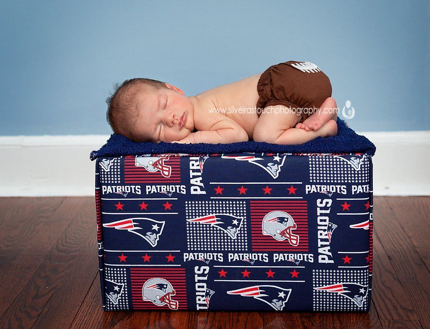 Hawthorne NJ newborn photographer of baby patriots fan