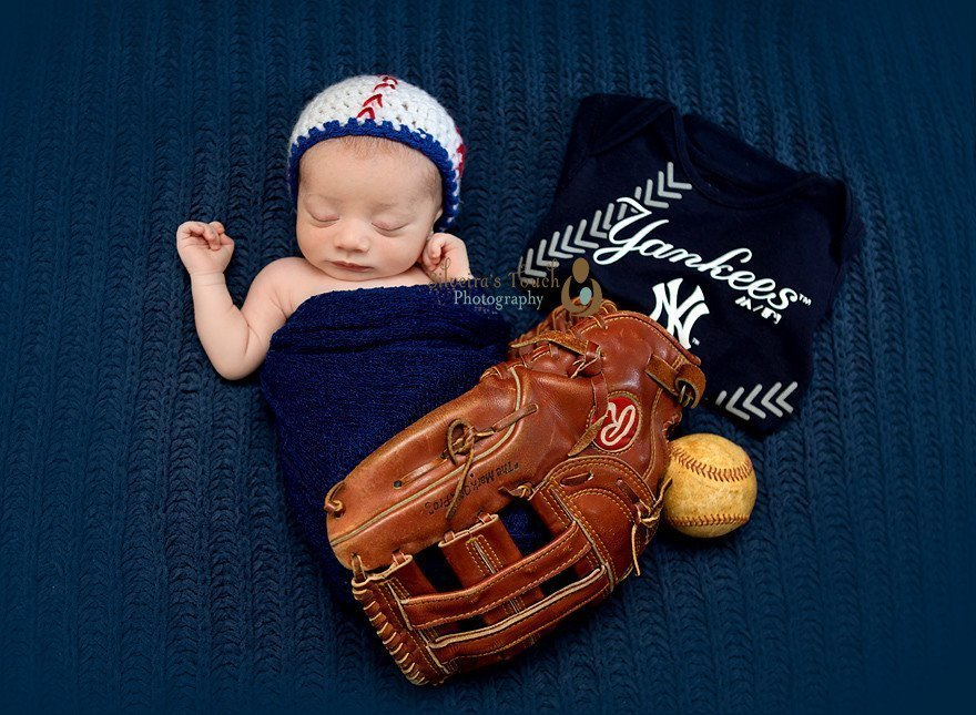infant baseball photography