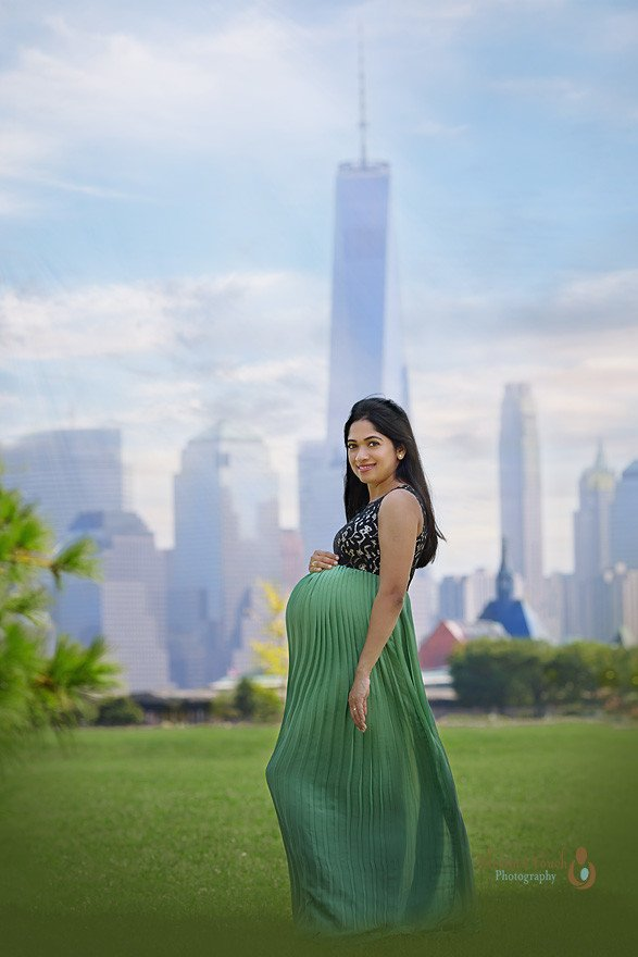 Liberty state park maternity photographer