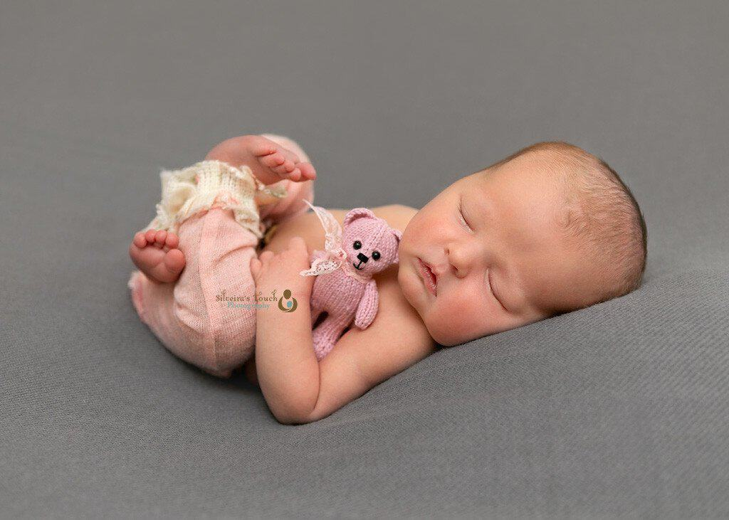 nj baby photography os little girl sleeping with teddy bear