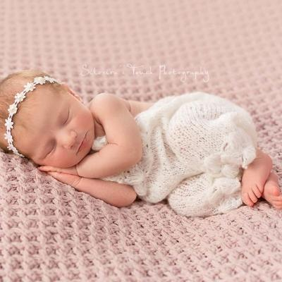 Newborn Photography Session Sleepy Ella