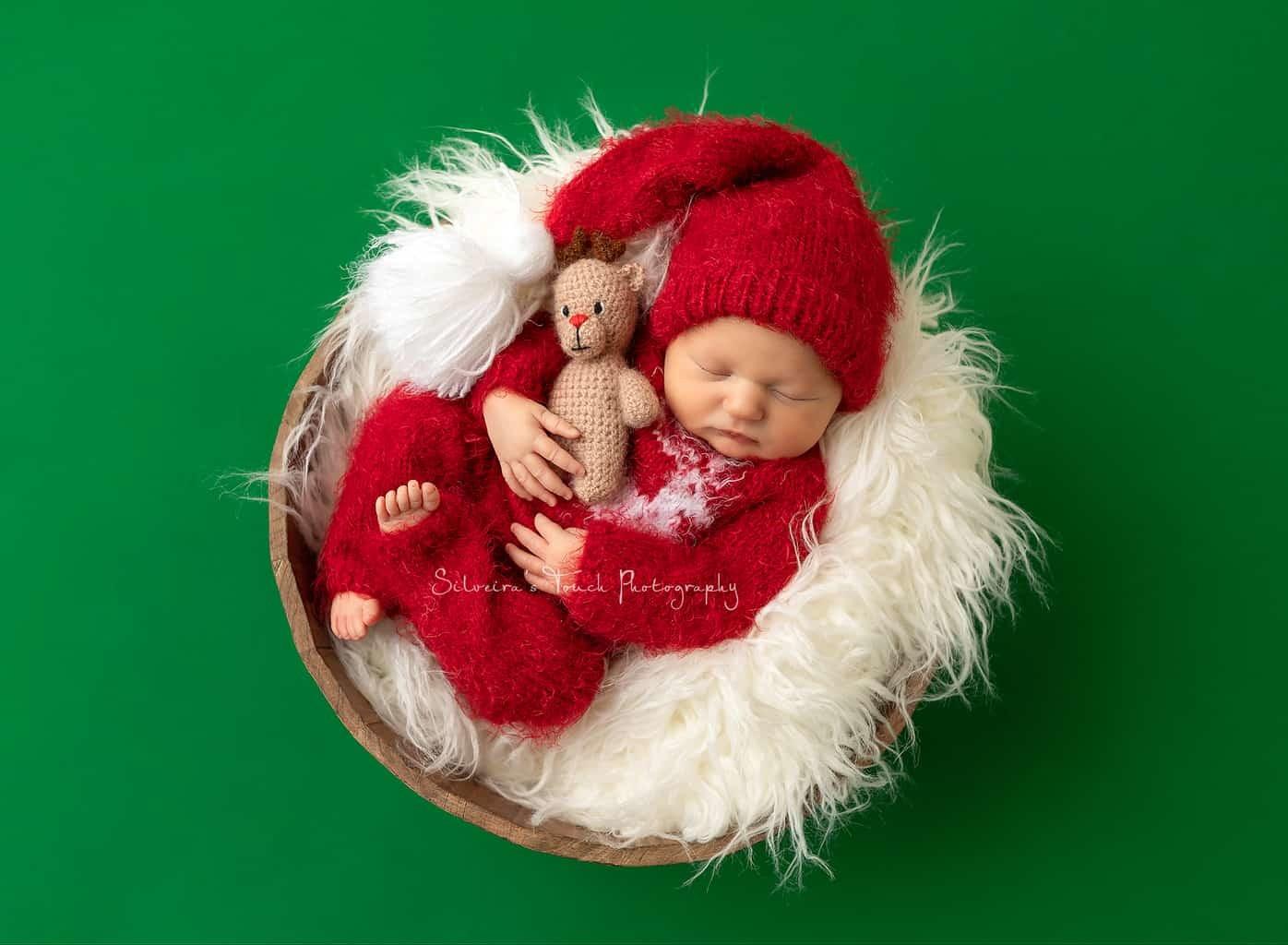 newborn photoshoot holiday